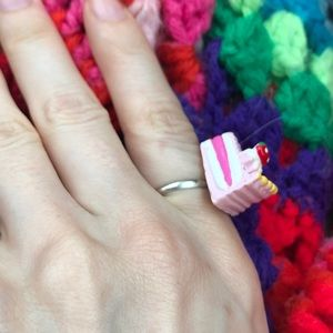 Hot Topic Jewelry - SALE‼️ Strawberry Cake  Slice Ring